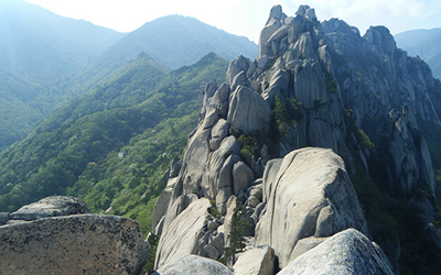 Rocky hills in Seoraksan National Park, South korea