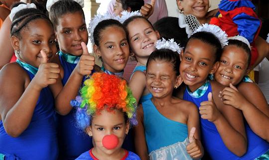 Cuba La Colmenita