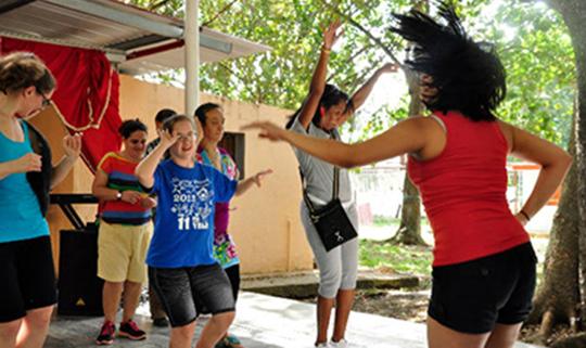 Cuba - Night out salsa dancing